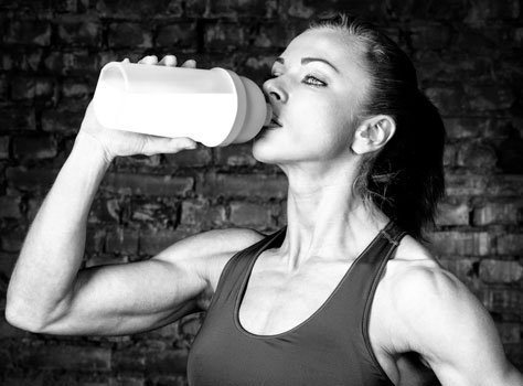 Eating to Perform: 5 Important Nutrition and Hydration Tips for Athletes