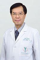 Dr. Komol Vongsrisart