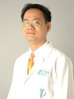Dr. Wiwat Leetrakulnumchai, D.D.S.